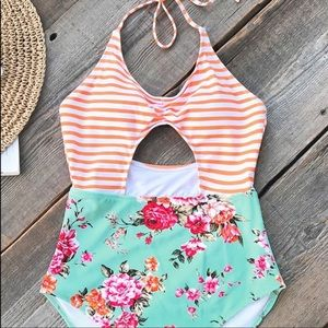 Cupshe Orange Striped Floral One Piece Swimsuit L